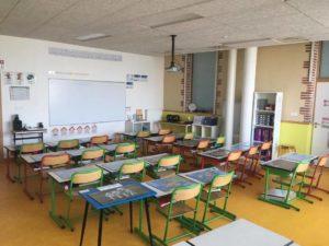 Classe de CP avec vidéoprojecteur - Ecole Saint Joseph de Saint Gildas des Bois - 44
