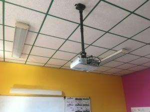 Vidéoprojecteur CM - Ecole Saint Joseph de Saint Gildas des Bois - 44